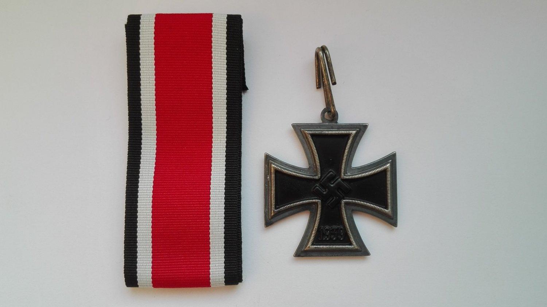 WWII GERMAN KNIGHT�S CROSS OF THE IRON CROSS