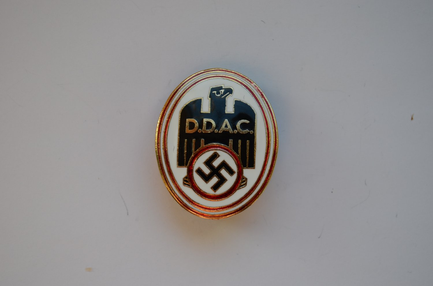 WWII THE GERMAN BADGE DER DEUTSCHE AUTOMOBILCLUB DDAC