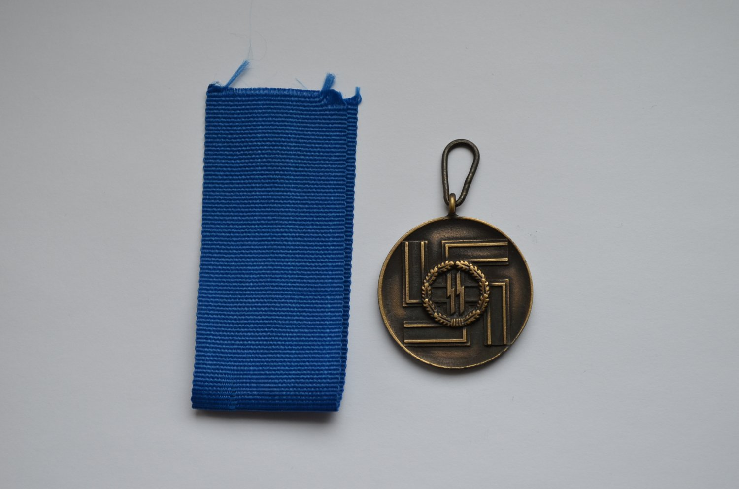 WWII GERMAN MEDAL LONG SERVICE AWARDS OF THE SS WAFFEN SS 8 YEARS