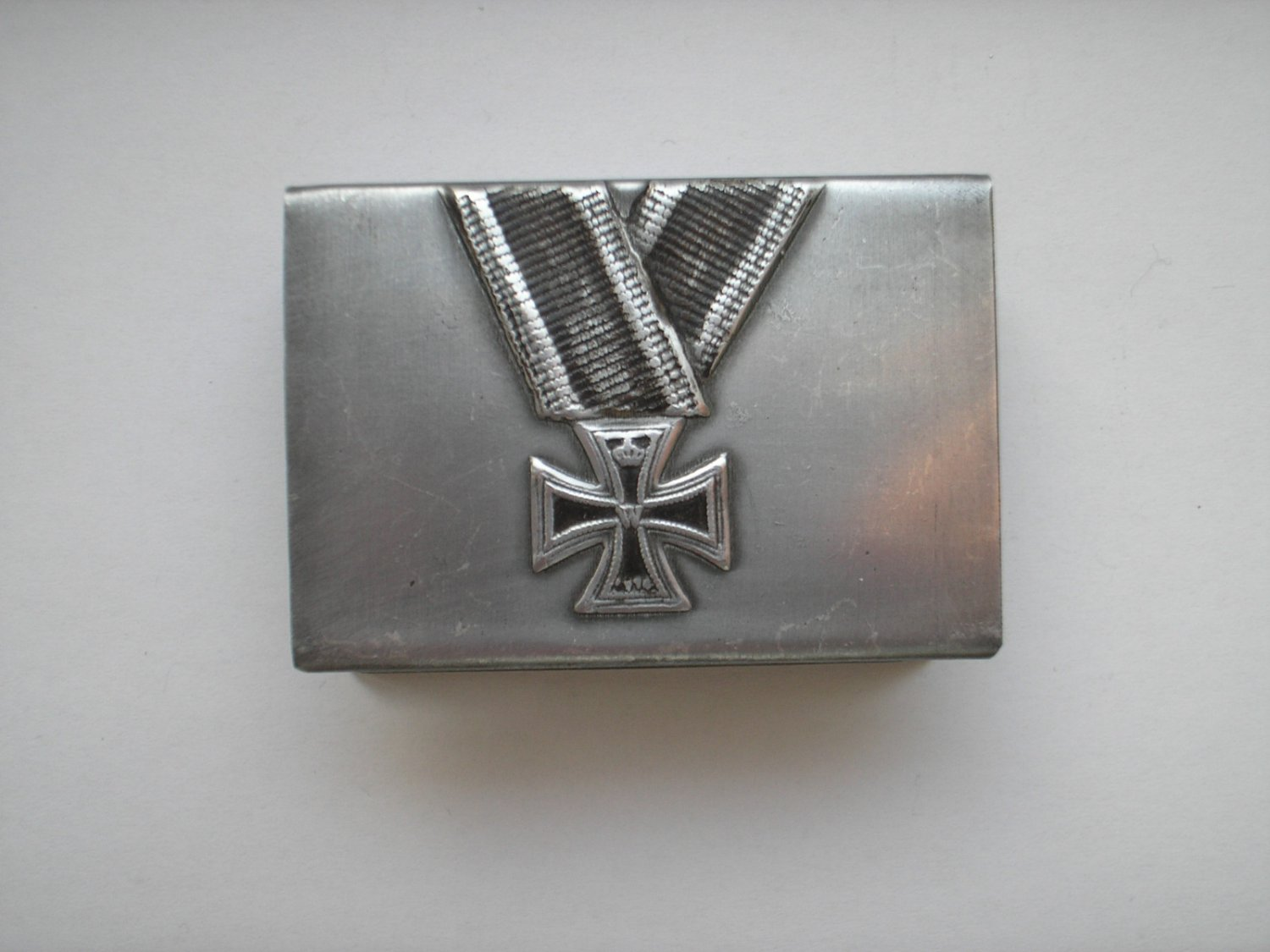WWI THE GERMAN HOLDER/COVER ON MATCHBOX IRON CROSS