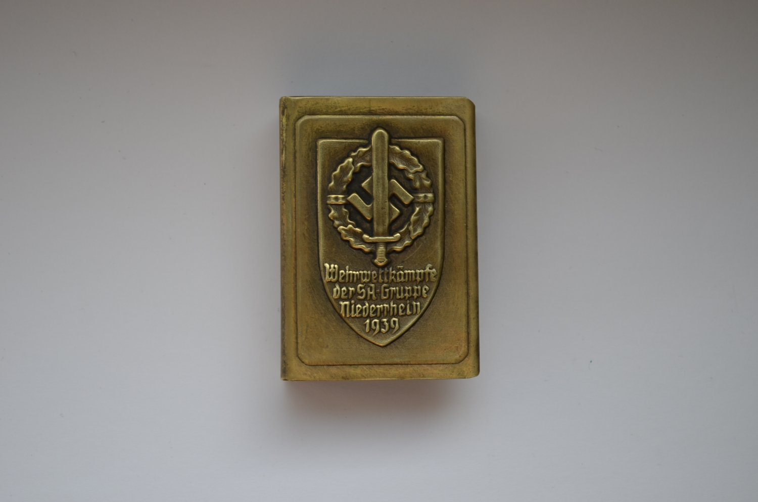WWII THE GERMAN HOLDER/COVER ON MATCHBOX SA