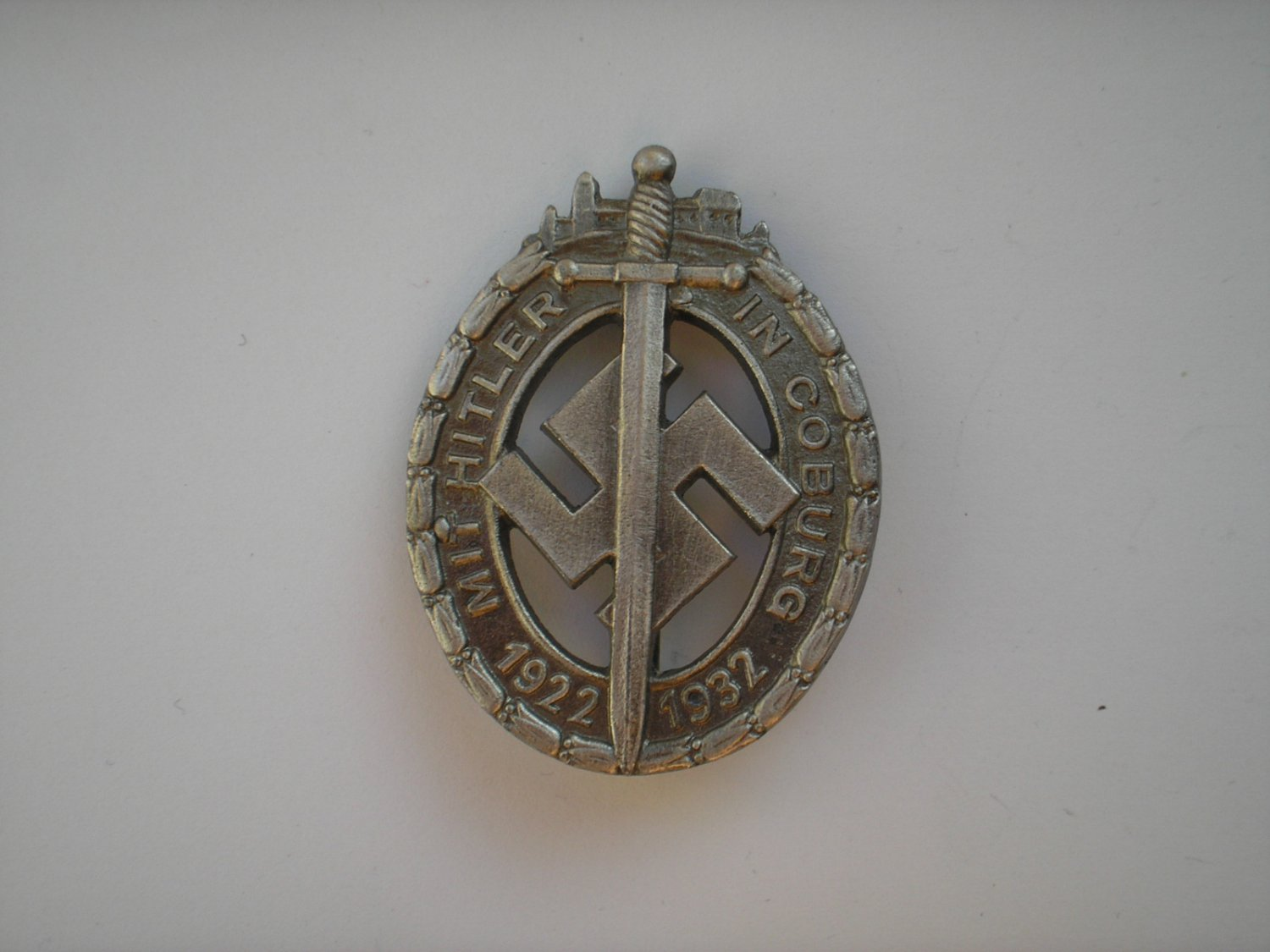 WWII THE GERMAN BADGE COBURG HONOR