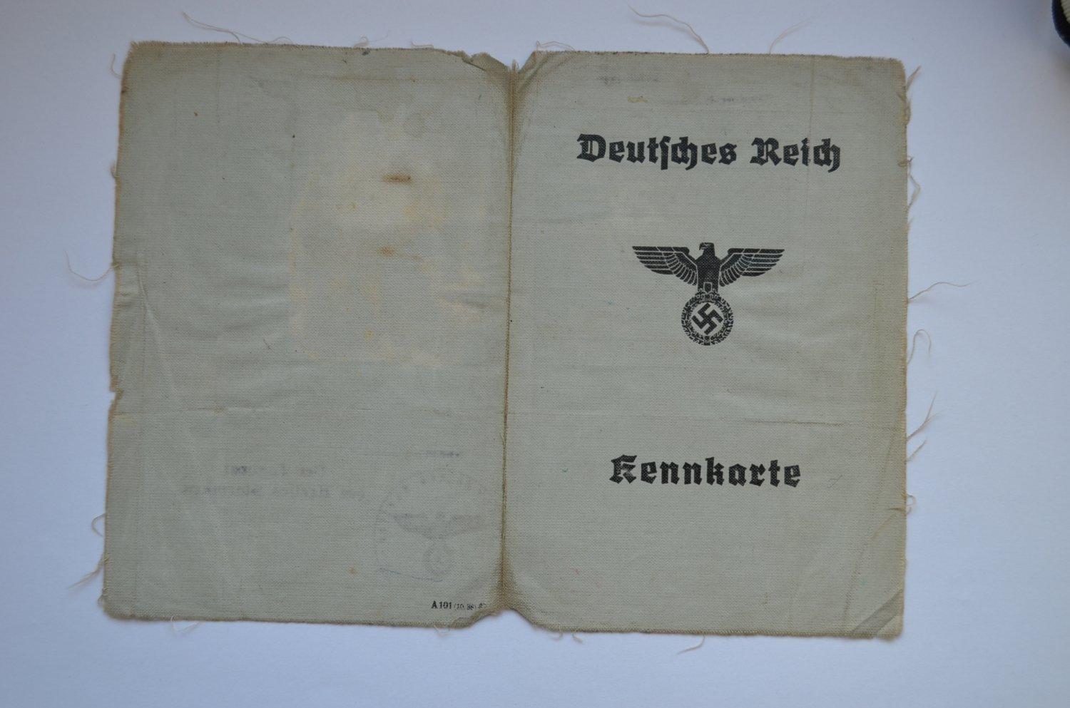 WWII ORIGINAL GERMAN DOCUMENT KENNKARTE