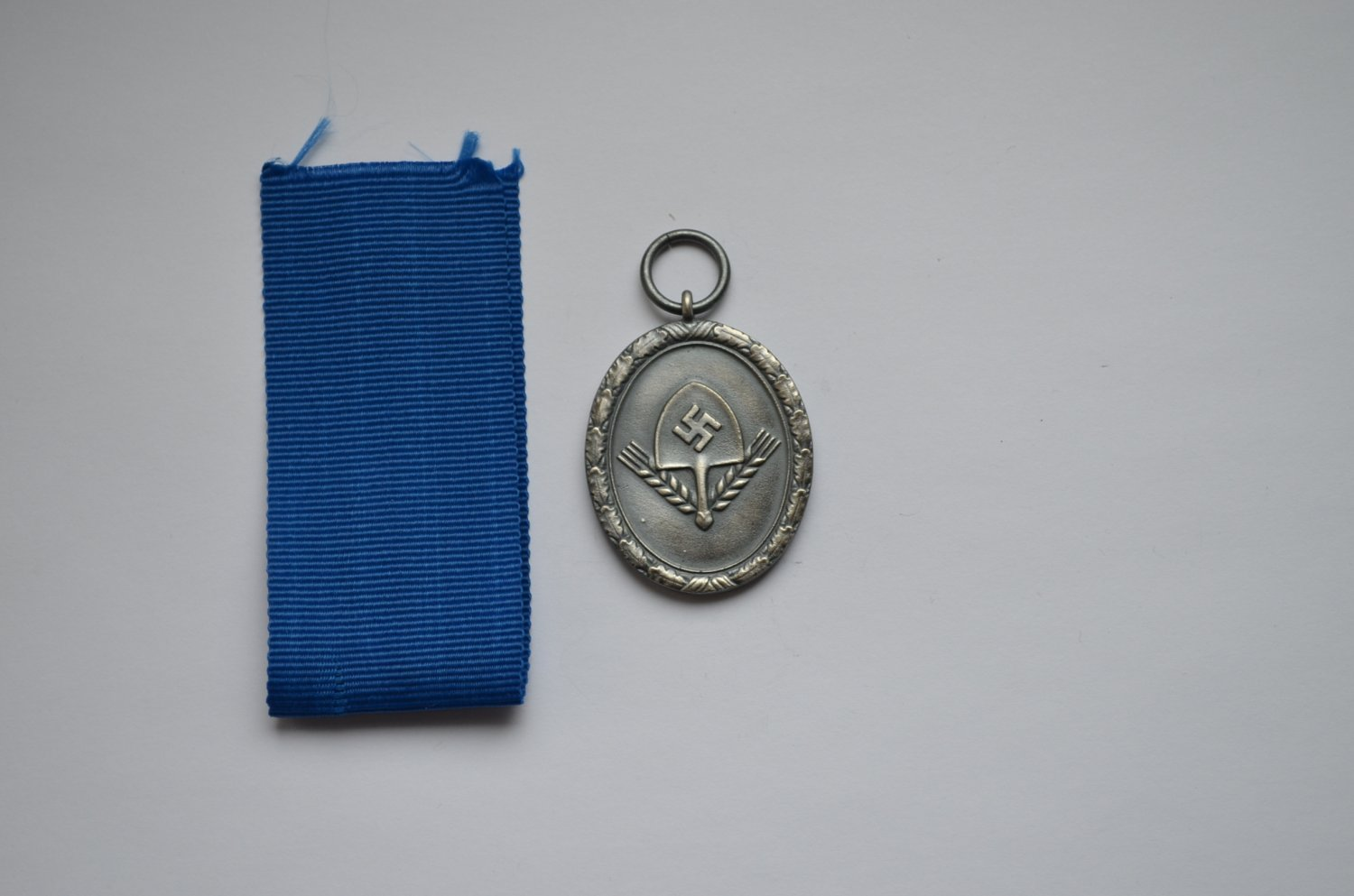 WWII GERMAN SILVER MEDAL LONG SERVICE AWARDS OF THE RAD
