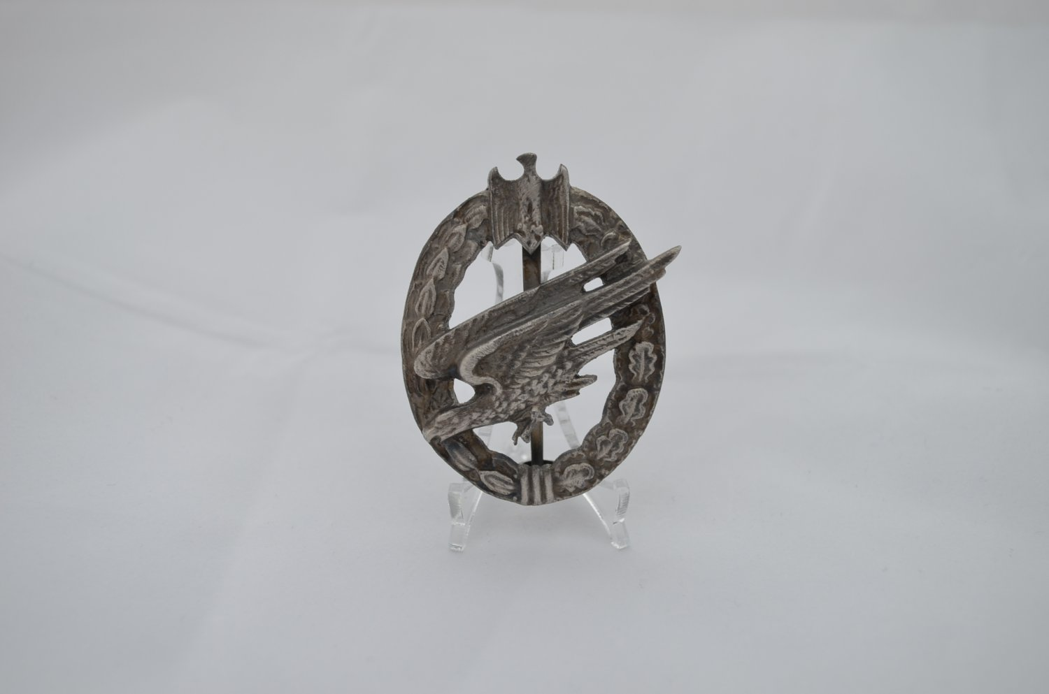 WWII THE GERMAN ARMY PARATROOPER BADGE