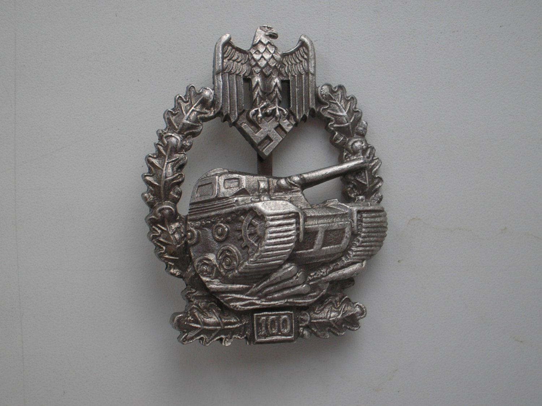 WWII THE GERMAN BADGE PANZER ASSAULT 100