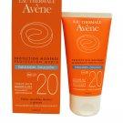 Avene Eau Thermale Solaire Protection SPF 20 Sensitive, Combo Oily Skin 50 ml