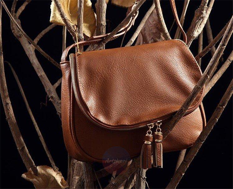 Artsivaris Small Tassel Leather Handbag Women Casual Messenger Shoulder Bag