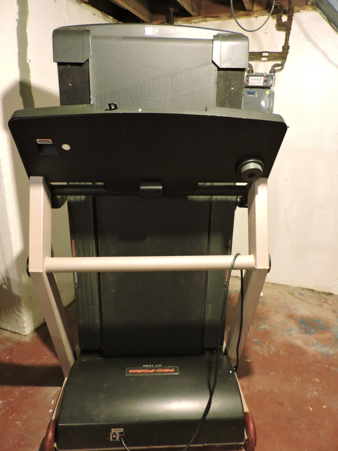 Treadmill PRO-FORM CT1260 Model No. PFTL14920   LOCAL PICK UP ONLY