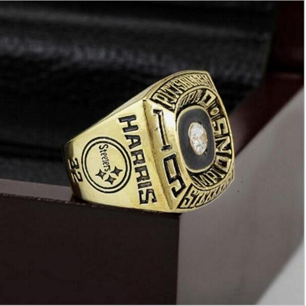 1974 Pittsburgh Steelers NFL Super Bowl Championship Ring 10-13 size with cherry wooden case