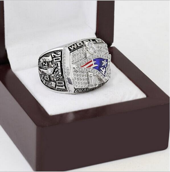 2001 New England Patriots XXXVI Super Bowl Football Championship Ring Size 13