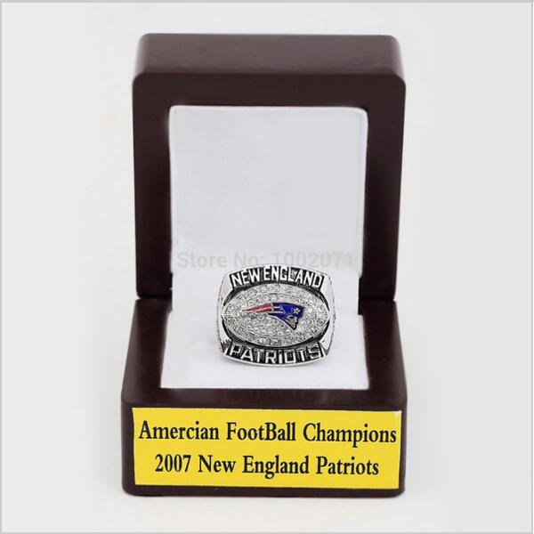2007 New England Patriots AFC Championship Ring Size 10 With High Quality Wooden Box