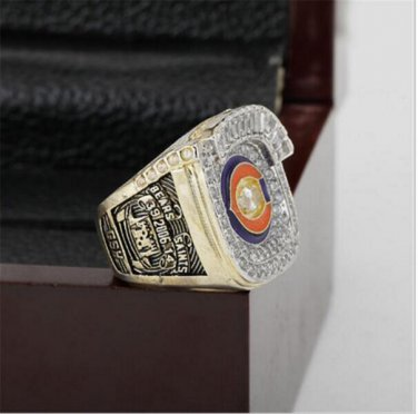 2006 Chicago Bears NFC Football Championship Ring 12 size with cherry wooden case