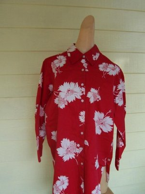 Beautiful red floral vintage Liz Claiborne Blouse M Tropical