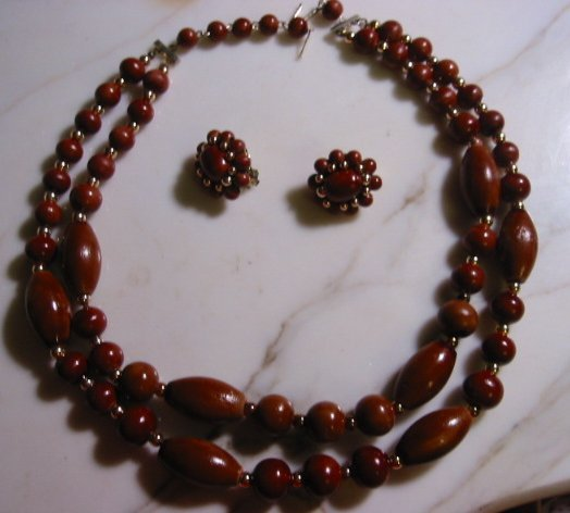 sold Wood vintage Double strand bead Necklace Clip Earring Set demi