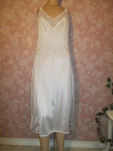 Maidenform Something Special Vintage White Full Slip Dress Midi Tall 34 M L Lace Straps