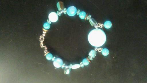Turquoise Shell Bead Bracelet