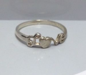 WOMENS FASHION LOVE RING HEART LETTERS GIFT SIZE 7 - L