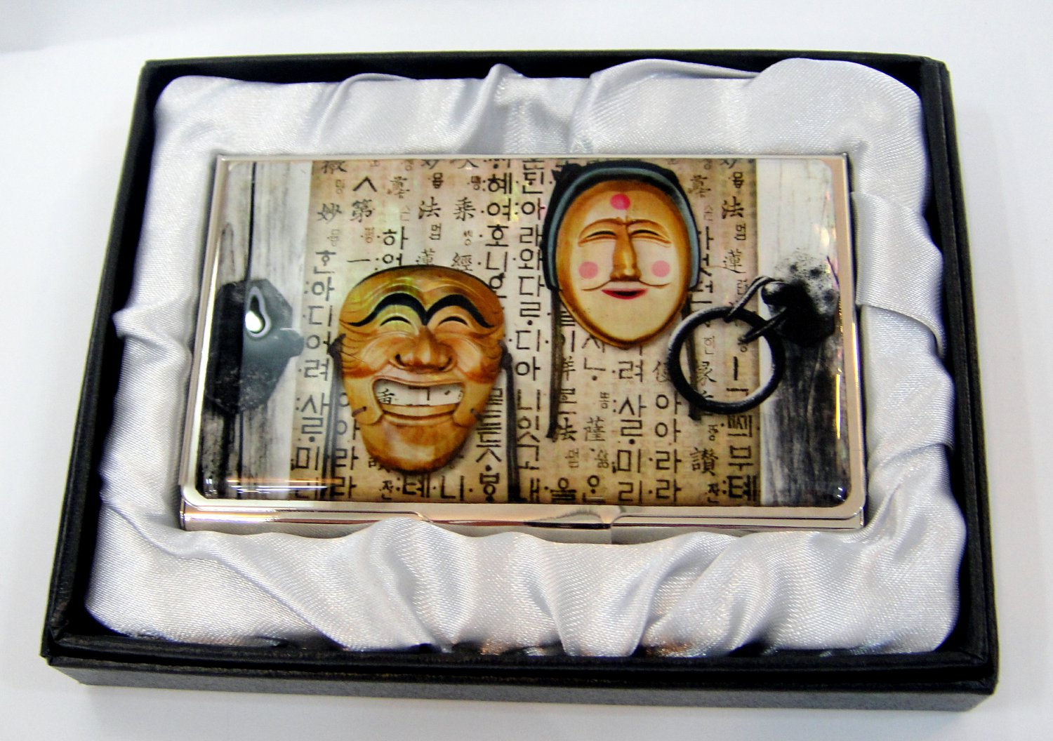 oriental lacquered  beautiful mother of pearl business card holder oriental mask a15
