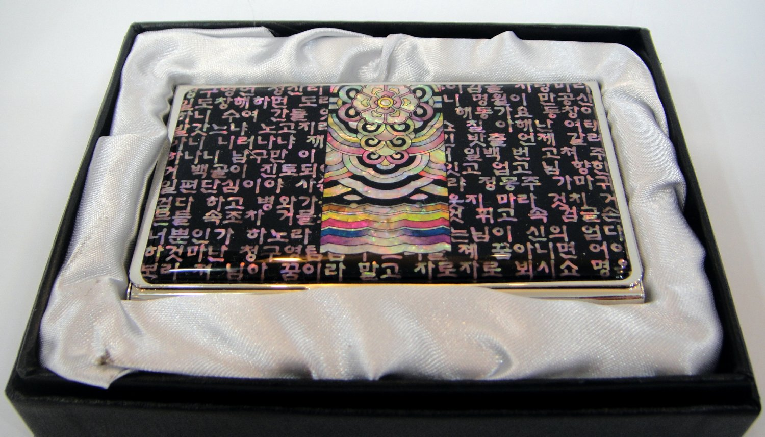 oriental lacquered  beautiful mother of pearl business card holder oriental mask a17