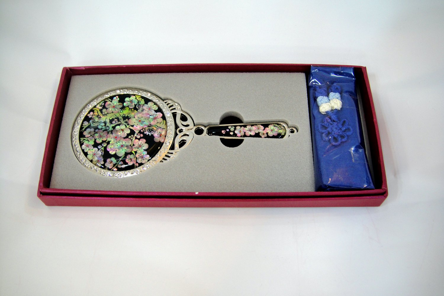 cosmetic long hand mirror mother of pearl lacquered crystal cubic c8