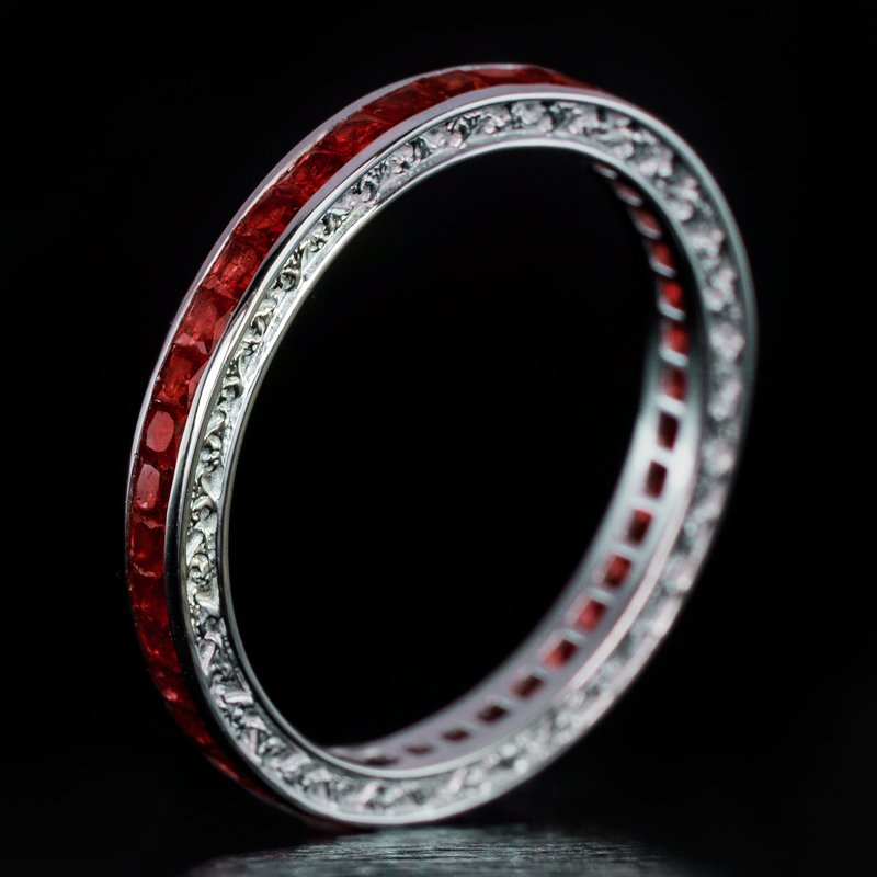VINTAGE 1.50 NATURAL FRENCH CUT CALIBRE RUBY ETERNITY WEDDING BAND STACKING RING