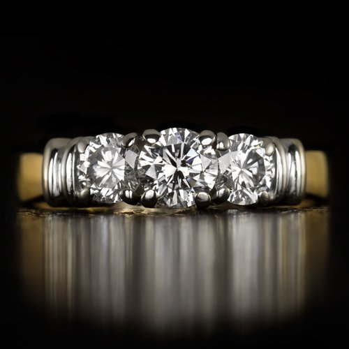 IDEAL CUT ONE CARAT ROUND DIAMOND 3 STONE ENGAGEMENT COCKTAIL RING TWO TONE GOLD