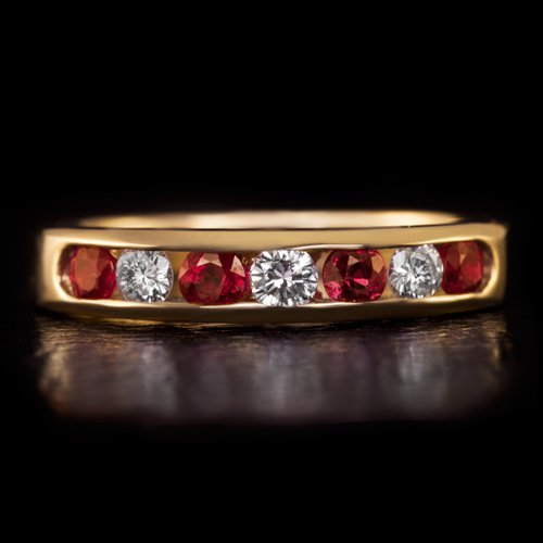 IDEAL CUT ROUND DIAMOND NATURAL RED RUBY WEDDING BAND STACKING COCKTAIL RING 14K