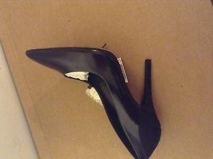 Zara woman leather high heel shoes BNWT 7.5 US black