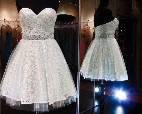 White Sweetheart Chiffon Homecoming Dress, Short Beadings Homecoming Dress