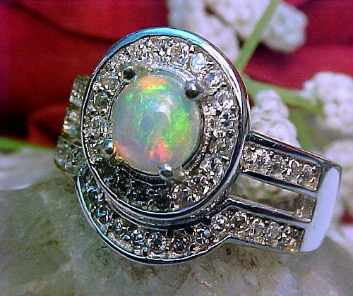 100% Natural ETHIOPIAN OPAL Ring AAA+ 6mm Round & White Sapphire 925