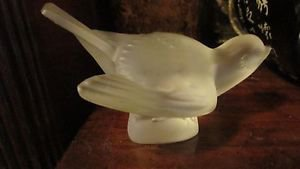 LALIQUE SPARROW CLEAR /FROSTED WINGS OPENED PAPERWEIGHT/FIGURINE SIGNED