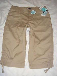 NWT Womens LEE Skimmer Capri Shorts Relaxed Stretch Beige Flax Size 14 M