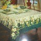 "KEMP & BEATLEY 60"" X 84"" OBLONG SPLENDOR HOLLY FLORAL CHRISTMAS TABLECLOTH-NEW"