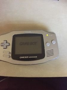 Nintendo GameBoy Advance Silver Platinum GBA AGB-001