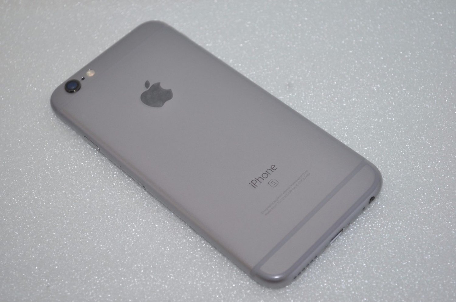 Apple iPhone 6s - 16GB - Space Gray (AT&T) Smartphone MKQ52LL/A UNLOCKED
