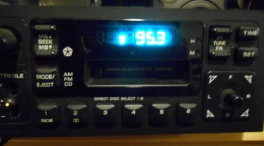 84-00 DODGE CHRYSLER JEEP PLYMOUTH GRAND CARAVAN CASSETTE PLAYER RADIO STEREO