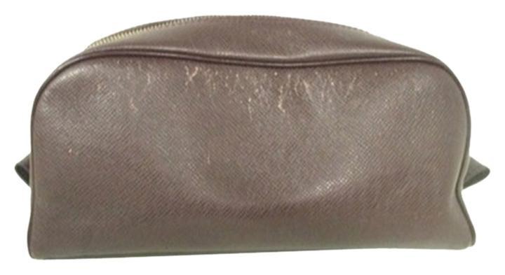 Louis Vuitton Taiga Brown Toiletries Cosmetic Pouch LVAV108