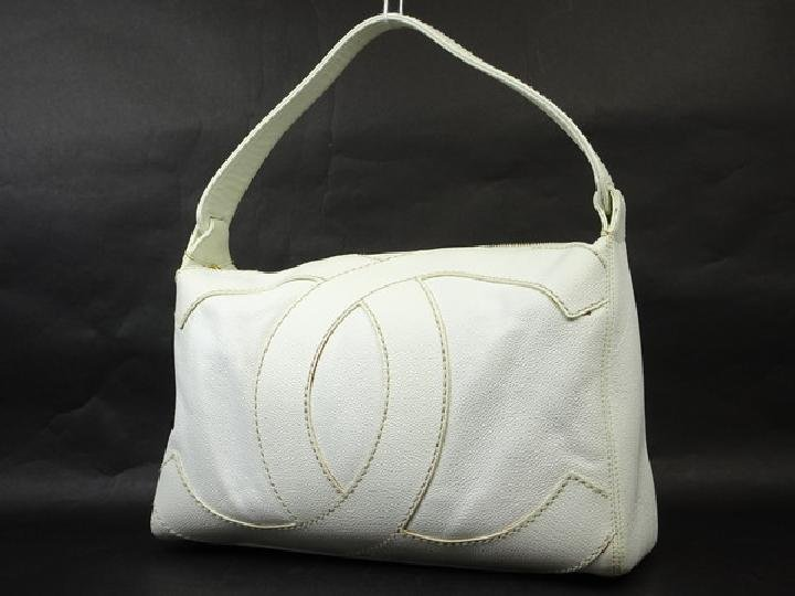 Chanel Jumbo Cc Caviar Hobo 214434 Shoulder Bag