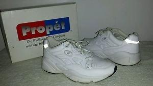 Propet Women's White Walking Shoes Size 6  w/Box