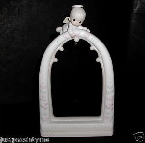 Precious Moments-Porcelain Arch Ornament Holder/Angel