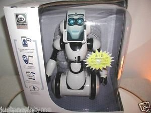 WowWee RoboMe Robot Kit Customizable Robotic Buddy Voice Recognition I Phone NEW
