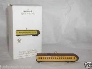 Hallmark Keepsake,LIONEL,Union Pacific, Streamliner Buffet Coach,Ornament,Boxed