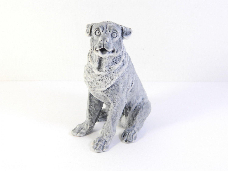 Pressed marble stone crumb Rottweiler dog figurine