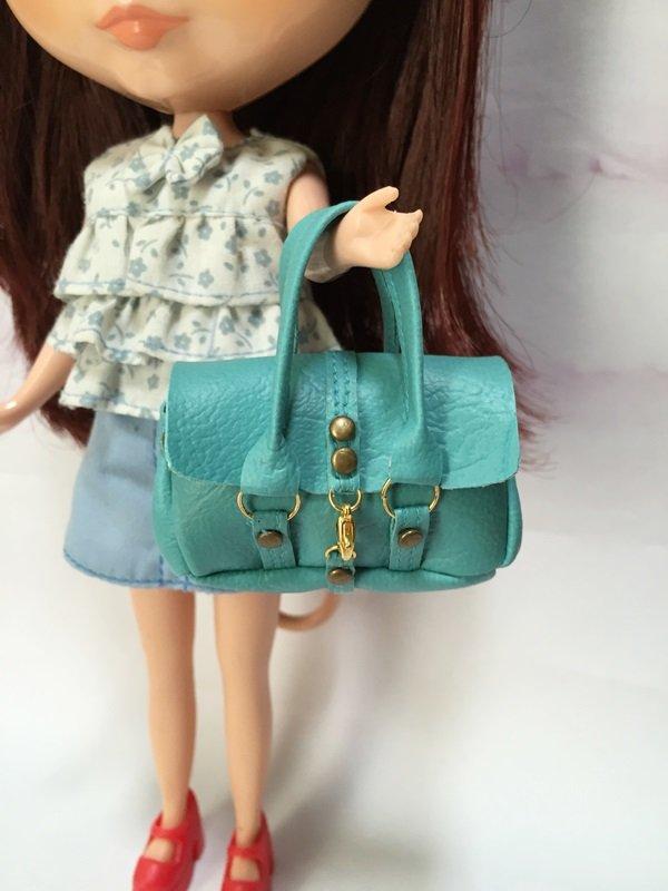 "Blue Fashion Handbag for 12"" Dolls"