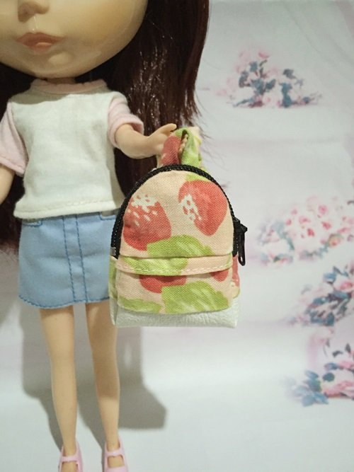 """Pink With Strawberry School Bag for 12"""" Doll /Blythe/Barbie/Pullip/Licca Doll"""