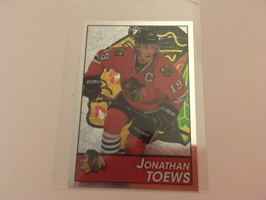 Jonathan Toews 2013/14 Chicago Blackhawks Panini Foil Hockey Sticker Card #199