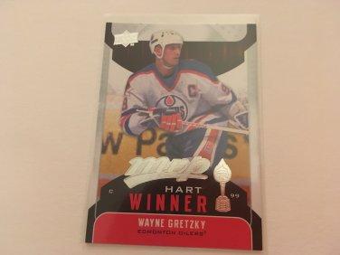Wayne Gretzky 2009/10 upperdeck MVP Edmonton Oilers Hart Winner Insert Hockey Card #HW14