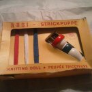 VINTAGE RESI STRICKPUPPE KNITTING DOLL IN ORIGINAL BOX  MADE IN GERMANY