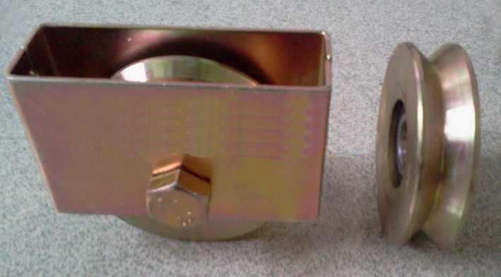 """GW820 3"""" Sliding Gate Roller V Groove Wheel w/ Cover 6203ZZ Bearing M14X60 Bolts"""
